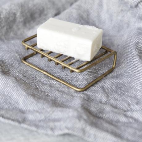 sárgaréz szappantartó