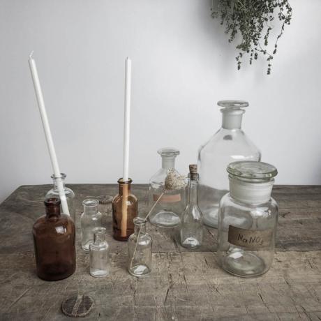Régi üveg tárolók