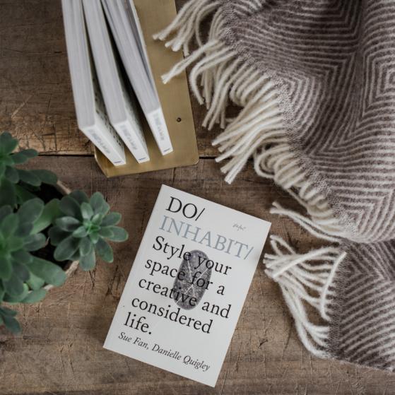 Könyv, Do Inhabit