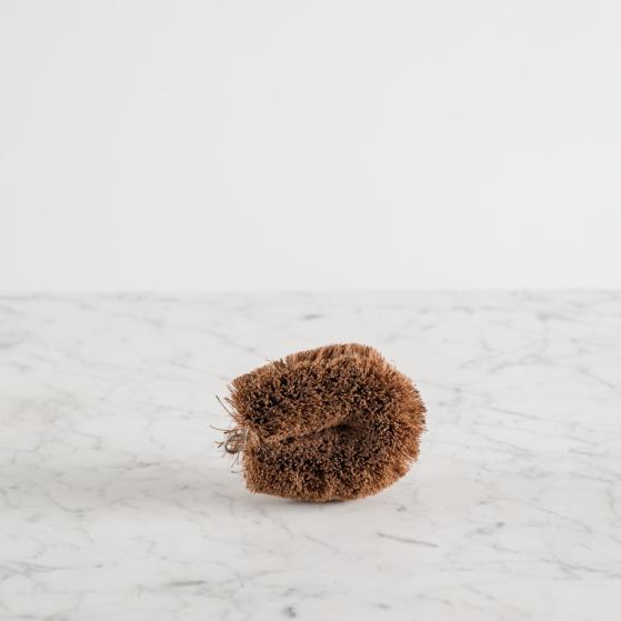 Tisztító kefe kókuszrostból