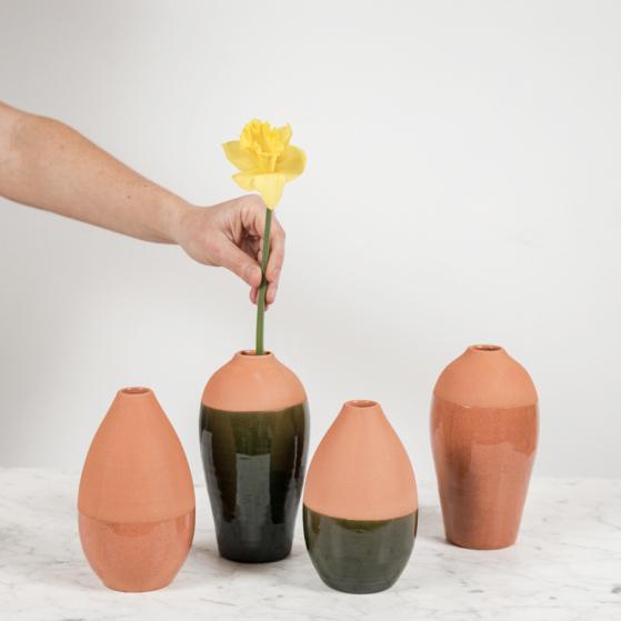 Váza, csepp alakú, kicsi