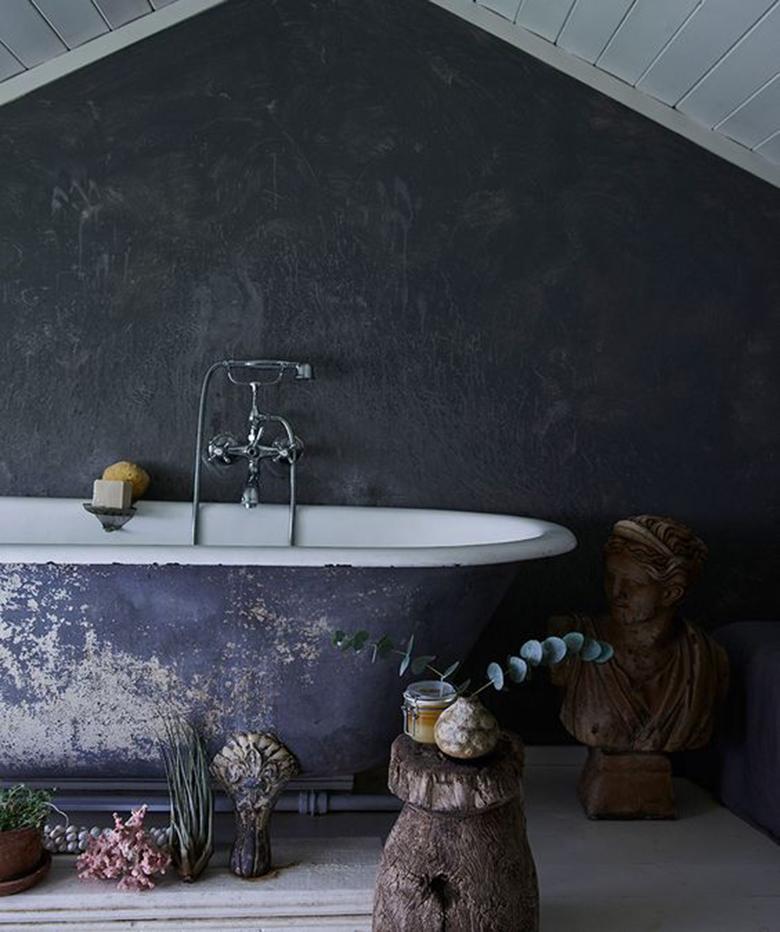 Tone Kroken fürdőszobája - The Scandinavian Home című könyv